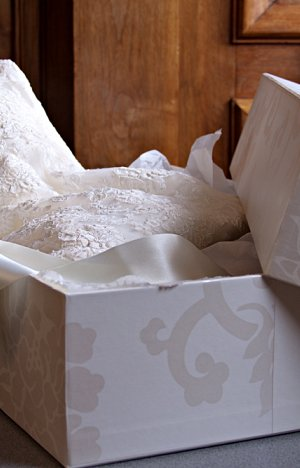 Cleaning and Boxing Service Wedding Storage Box